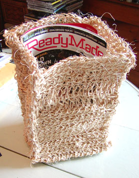http://midnightknitter.com/blog/wp-content/uploads/2006/08/crochet-trash-thing2.jpg