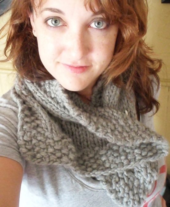 fre knitting pattern neck scarf