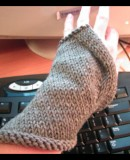 assymetrical wrist warmer