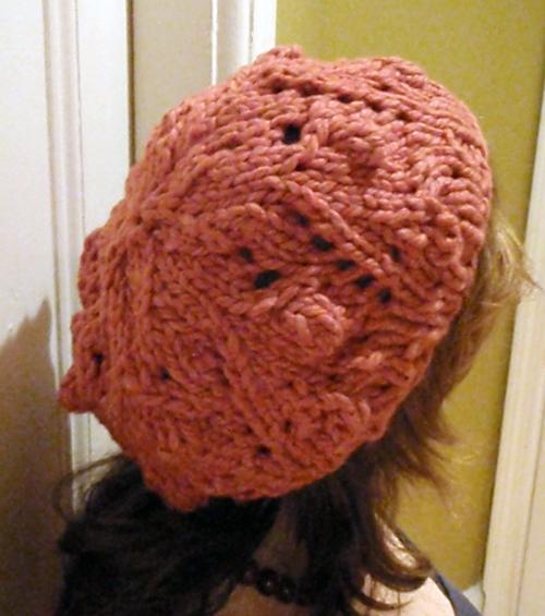 http://midnightknitter.com/blog/wp-content/uploads/bobbles-lace2.jpg