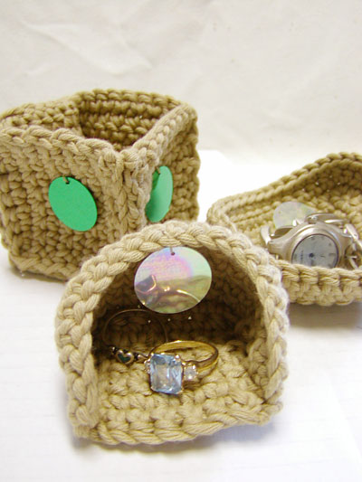 crochet mini boxes