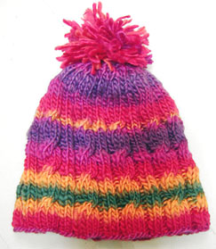 kids hat knitted with Karaoke yarn